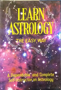Learn Astrology - The Easy Way By Dr Gauri Shankar Kapoor [RP]